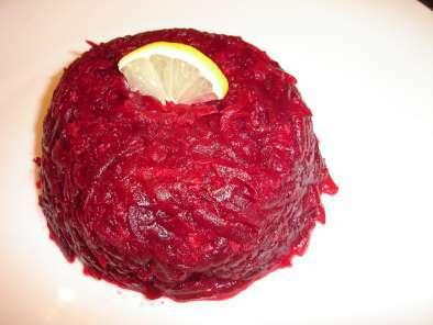 Salata de sfecla rosie cruda