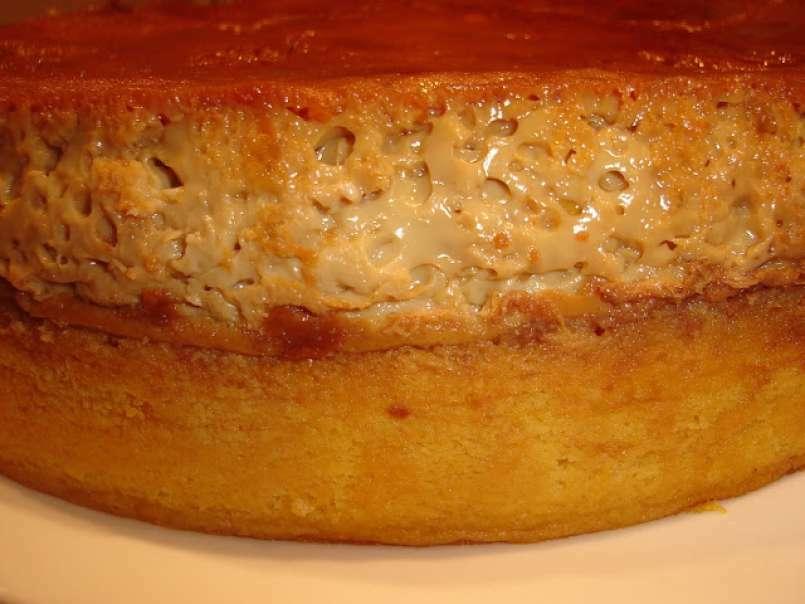 Tort cu crema de zahar ars si mere